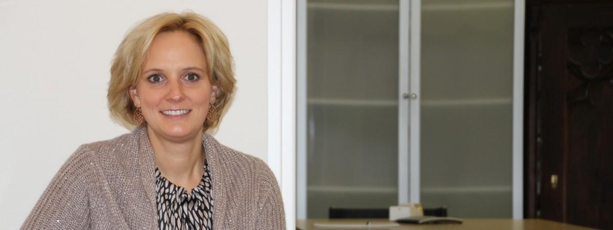 Dr. Nina Sadjak