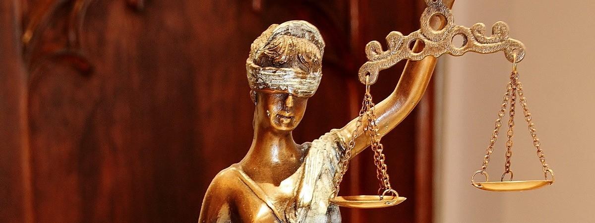 Juristische Schwerpunkte